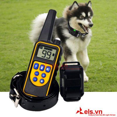 Vòng-đeo-huấn-luyện-chó-L880-khoảng-cách-800m-tích-hợp-đèn-pin